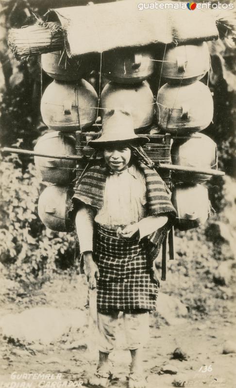 Cargador indígena